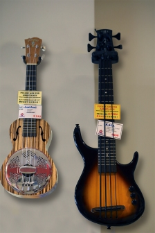 Ami Ami Resonator & Kala electric bass